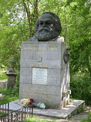 east_karl_marx_tomb.jpg